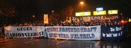 Fandemonstration in Karlsruhe